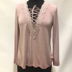 American eagle soft and sexy long sleeve lace top